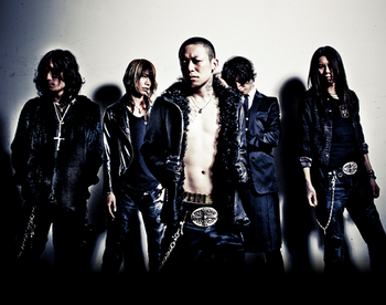 direngrey11.png